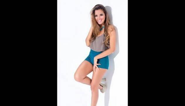 Las mejores fotos de Alessandra Fuller, la 'quinceañera' que le robó el corazón a...
