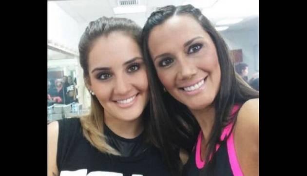 ¡Ximena Hoyos y su mamá sorprenden con rutinas de ejercicios! [VIDEO]