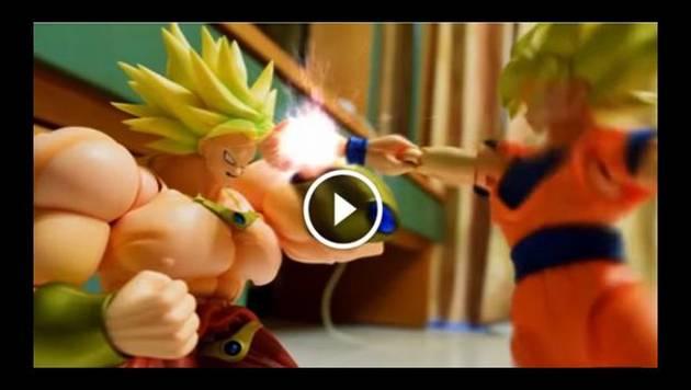 Mira la íncreible pelea de 'Broly' y 'Gokú' en stop motion