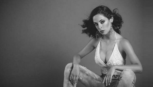 Andrea Luna conquista  corazones con sexy bikini