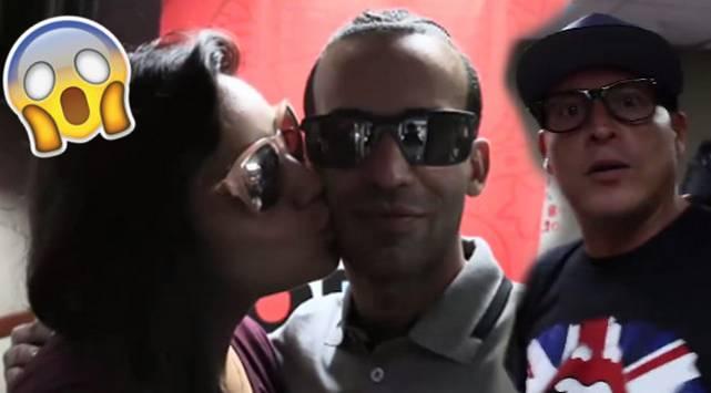Carloncho le hizo el pare a Arcángel justo cuando se tomaba fotos con Marianita