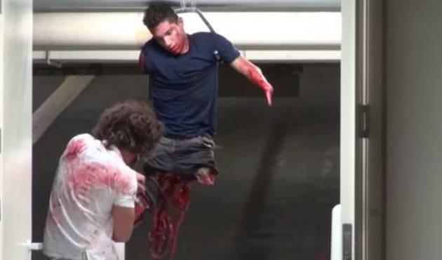 Broma de asesino con sierra eléctrica la rompe en YouTube