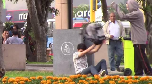 Experimento social: así reaccionan los peruanos frente al bullying
