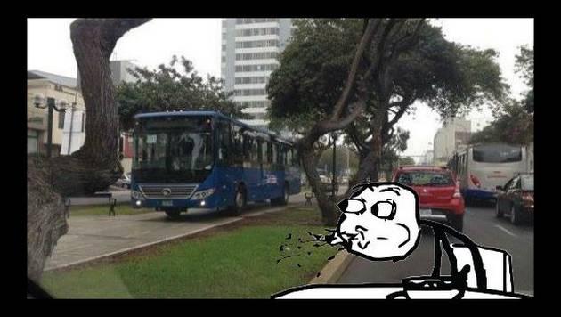 ¿Qué pasó con este bus del Corredor Azul? Aquí te lo contamos