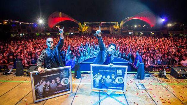 ¡Cali & El Dandee la rompieron en Costa Rica con su nuevo éxito 'Lumbra'!
