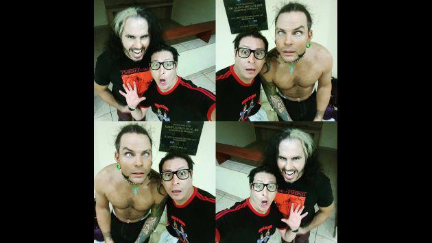¡Checa las fotos de Carloncho junto a los Hardy Boyz!