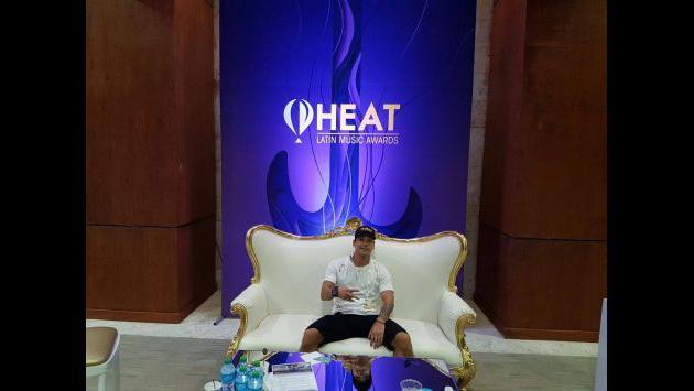 Carloncho y Renzo Winder hicieron de las suyas previo a los Premios Heat 2017 [FOTOS]