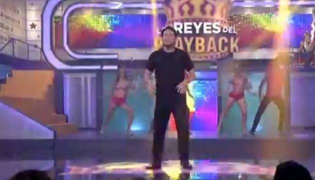 Carloncho se convirtió en un 'diablo' en su presentación en 'Los Reyes del Playback'