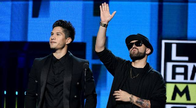 ¡Chino & Nacho también presentes en los Heat Latin Music Awards!