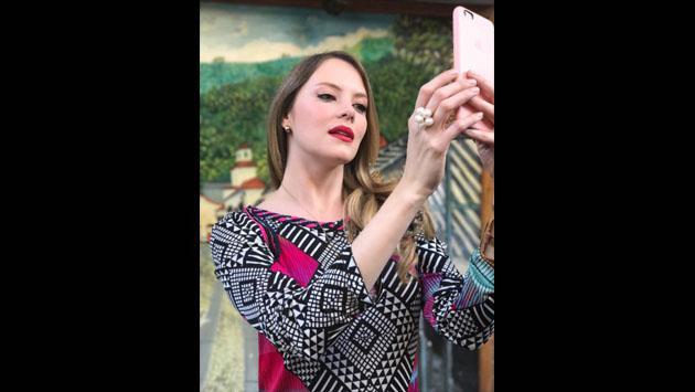 Conoce a la modelo que protagoniza el primer videoclip de 'Chyno' Miranda como solista [FOTOS]