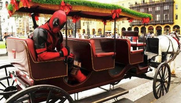 Deadpool hace de las suyas por las calles de Lima