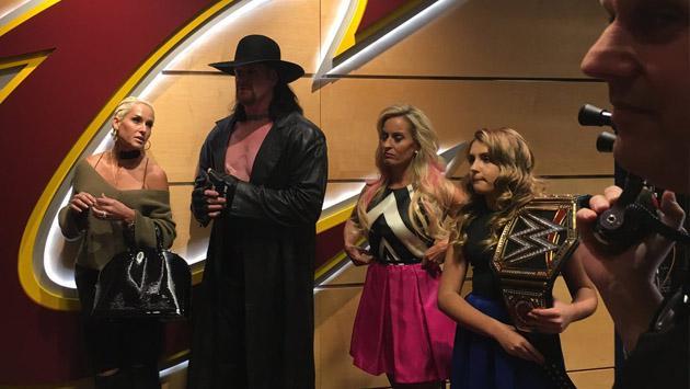 El Undertaker reapareció y se le ve listo para una lucha más en WWE [FOTOS]