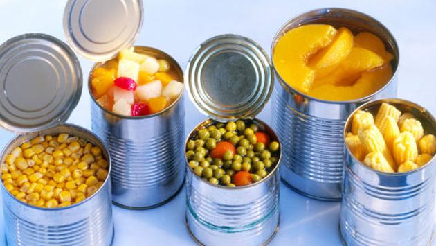 ¡No cometas este error al momento de guardar enlatados en la refrigeradora!