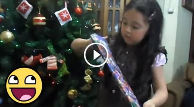 Ella esperaba una tablet como regalo y sus papás le hicieron esta broma