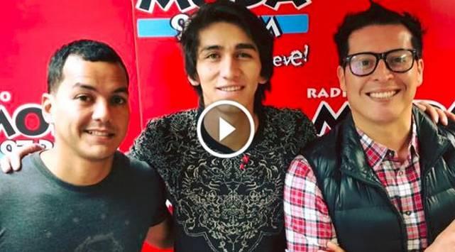 Daniel Lazo visitó la cabina de Radio Moda y cantó 'Si No Es Contigo'