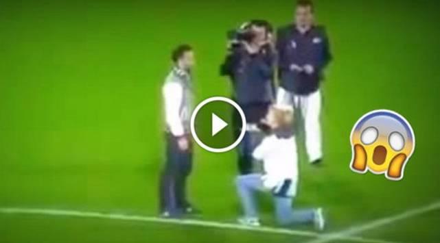 Mujer le pidió matrimonio a su pareja en cancha de fútbol y jamás imaginó su reacción