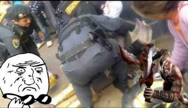 ¿Kratos es un guerrero invencible? En Perú, ¡¡¡un sereno lo privó!!!