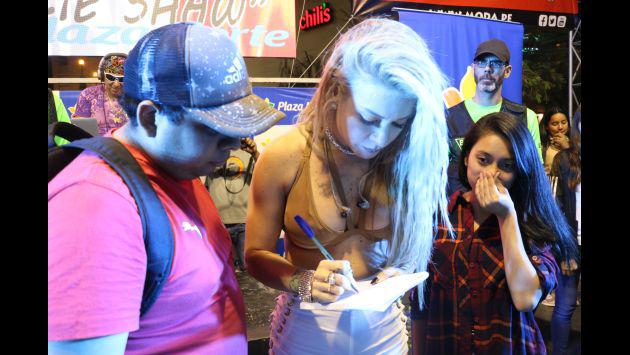 ¡La firma de autógrafos de Moda con Los 4 de Cuba fue todo un éxito! [FOTOS]