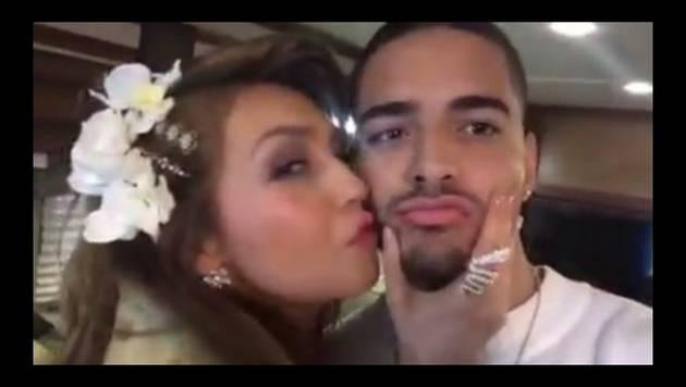 Maluma y Thalía juegan a darse besitos
