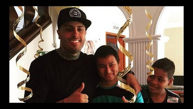 Nicky Jam le da la sorpresa de la vida a paciente de cáncer