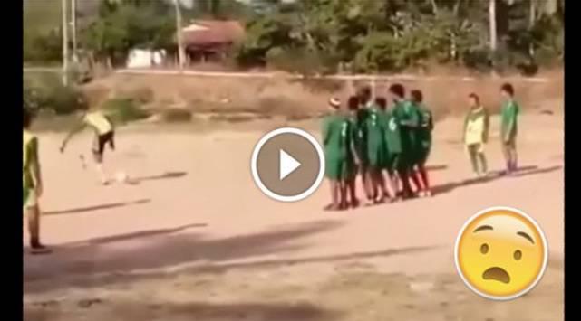 Gol 'Patada de burro' se vuelve viral