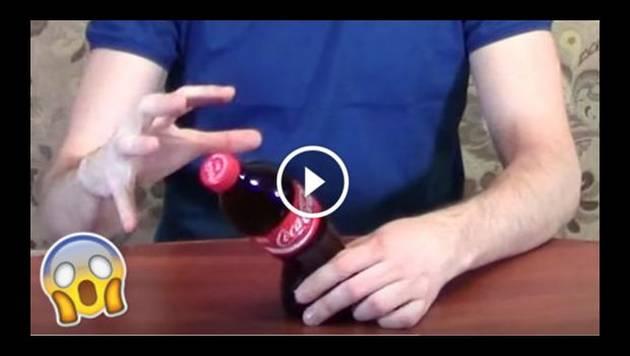 Aprende a doblar botellas de gaseosa usando 'poderes mentales'