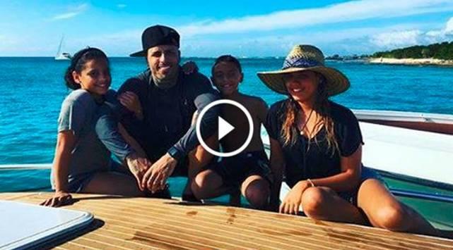 ¡Así disfruta Nicky Jam sus vacaciones!