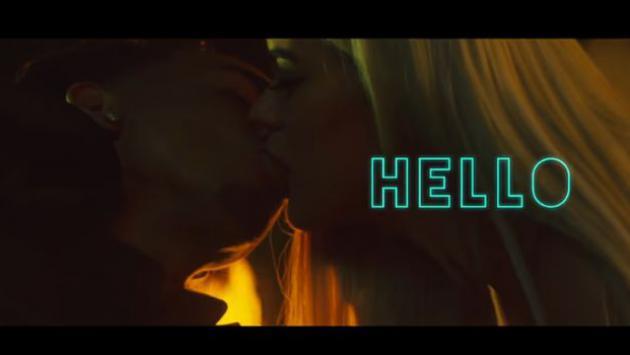 ¡Ozuna y Karol G protagonizan candentes escenas en el videoclip de 'Hello'!
