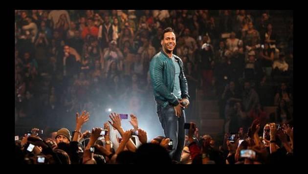 Romeo Santos: primeros videos de su concierto en Lima