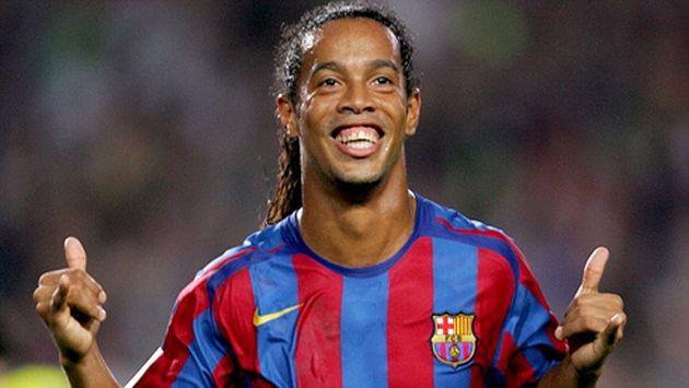 ¡Ronaldinho fue fichado por el Barcelona, pero...!