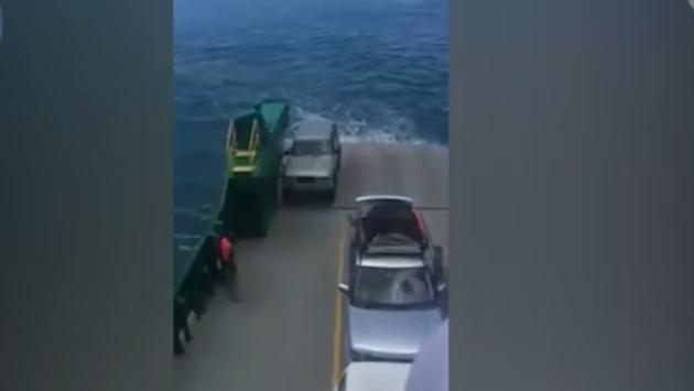 Se olvidaron poner freno de mano a su auto y esto le pas for Cuba motors el paso