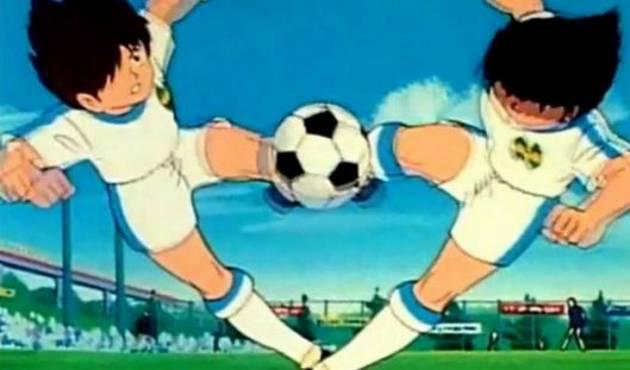 Jugadores profesionales imitan el tiro doble de Óliver y Tom