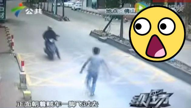 ¡Detuvo a un ladrón motorizado con espectacular maniobra! [VIDEO]