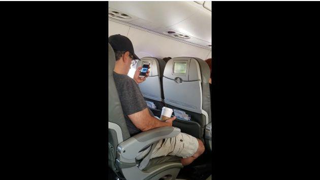 ¿A qué pasajero se le ocurre ver este video antes del despegue de un avión?