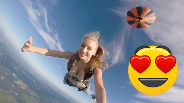 ¡Asuuuuuu! Este es el salto en paracaídas más sexy que verás en YouTube