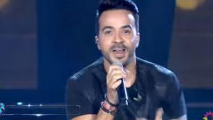 A Luis Fonsi le hicieron cantar 'Despacito' dos veces y hasta con las partes de Daddy Yankee [VIDEO]