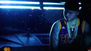 ¡Mira el videoclip de 'Más dinero, más problemas' de Farruko!