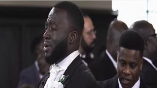 ¡Así reaccionó este novio al ver entrar a su pareja a la Iglesia! [VIDEO]