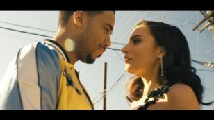 ¡Esta escena no fue incluida en el videoclip de 'Héroe favorito', tema de Romeo Santos!