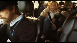 Tomaron un taxi sin imaginar que el conductor era un piloto de fórmula 1 [VIDEO]