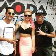 ¡Leslie Shaw visitó MODA y presentó su nuevo tema 'Loco'!