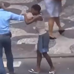 ¡No todo es una fiesta! Así roban niños a turistas en Río 2016