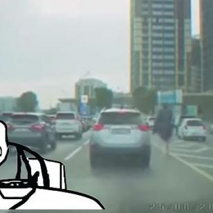 ¿Este hombre montó una avestruz para escapara del tráfico?
