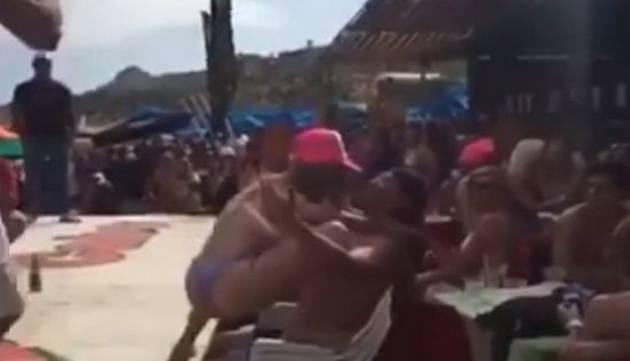 ¡Profesora fue despedida por 'perrear' al ritmo de Daddy Yankee!