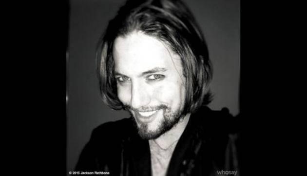 ¿Recuerdas a este vampiro de la saga 'Crepúsculo'? Mira cómo luce ahora
