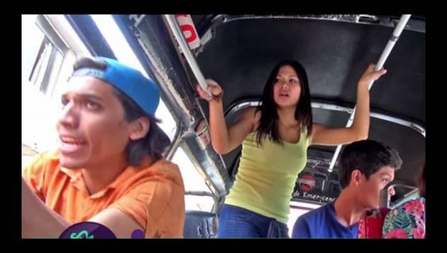 YouTube: De Barrio y las clásicas de combi
