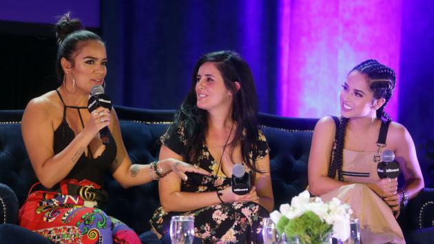 Becky G apoya a Karol G en su nuevo proyecto musical