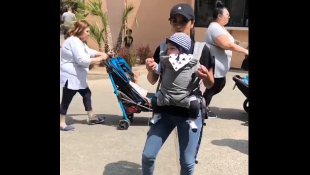 Becky G causó furor en las redes sociales por andar con un bebé [VIDEOS]