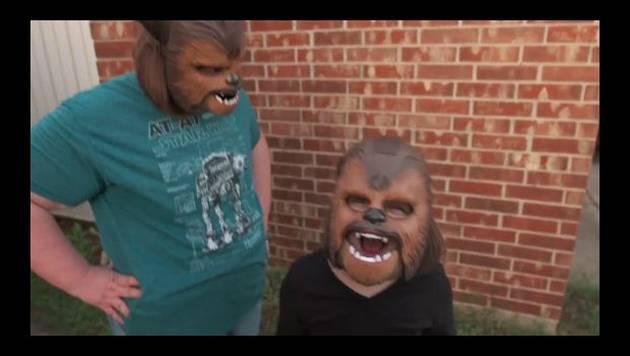 La 'tía Chewbacca' contraataca en Facebook con este nuevo video que también es viral