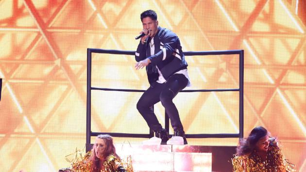 Chyno Miranda propone a Nacho cantar juntos en concierto por Venezuela